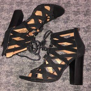 Tie up heels NWOT
